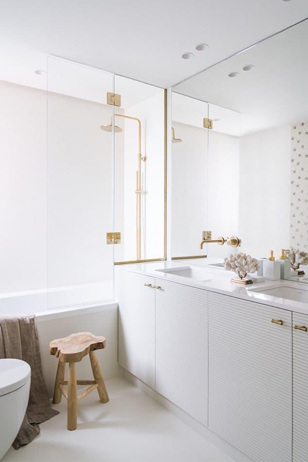 Estudio María Santos Reforma integral y decoración de vivienda minimalista Madrid cuarto de baño